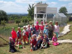 Návštěva dětí zmateřské školy zDržkové - 20zvědavých dětí 25.6. 2015