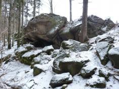 Vrzavé skály mezi Kašavou aDržkovou